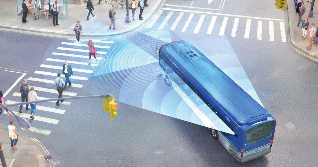 モービルアイ、「死角×スマートカメラ」で巻き込み事故を防止するADAS発売