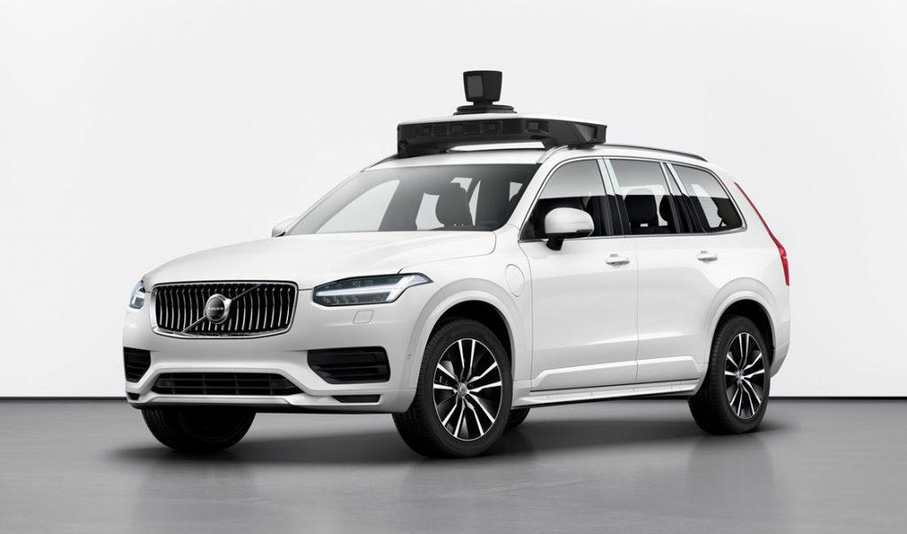 UberとVolvo、XC90ベースの量産型自動運転車を披露